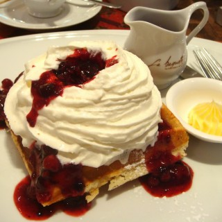 Raspberry bliss waffle