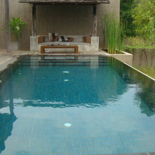 Another view of the fab pool