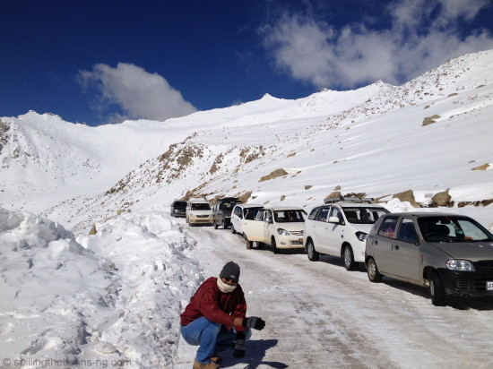 Traffic and snow on the way to Pangong Lake