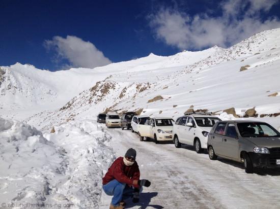 Traffic and snow on the way to Pangong Lake