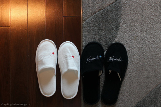 Bathroom slippers - Yin and Yang?